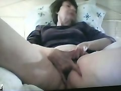 hussy granny fingering wet vagina in dirty solo masturbation video