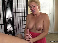 busty housewife needs semen