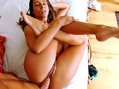 Cassidy Klein in Lucky Bro's Morning Sex Tape - IKnowThatGirl