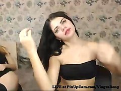 Russians teens dancing on cam